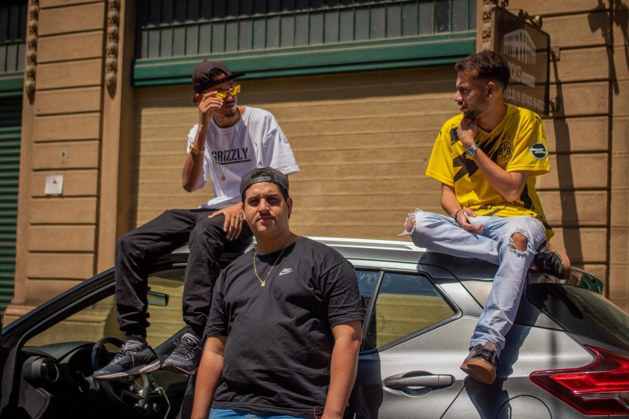"""Single """"Quanto Tempo Falta"""" faz parte do novo EP de LP Slim"""